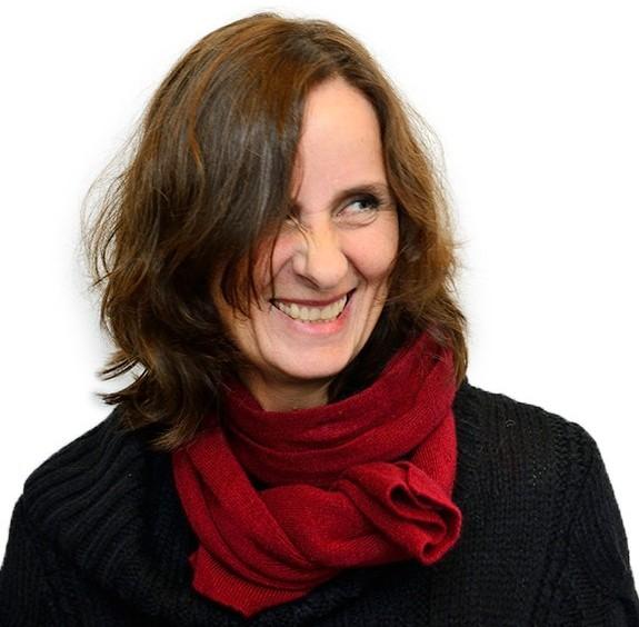 Susanna Alakoski är  är författare.