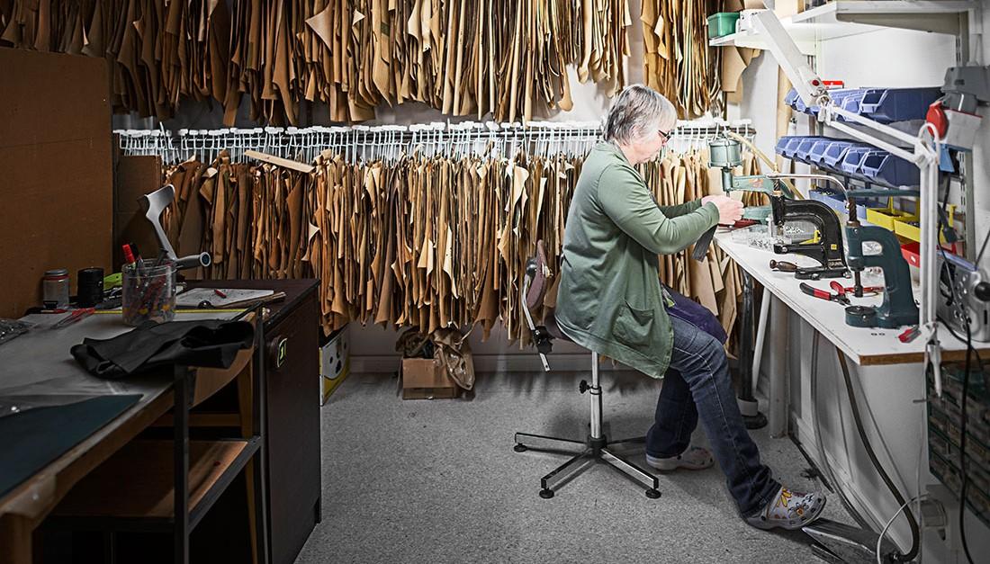 Jernbergs skinntillverkning, Dagens Arbete