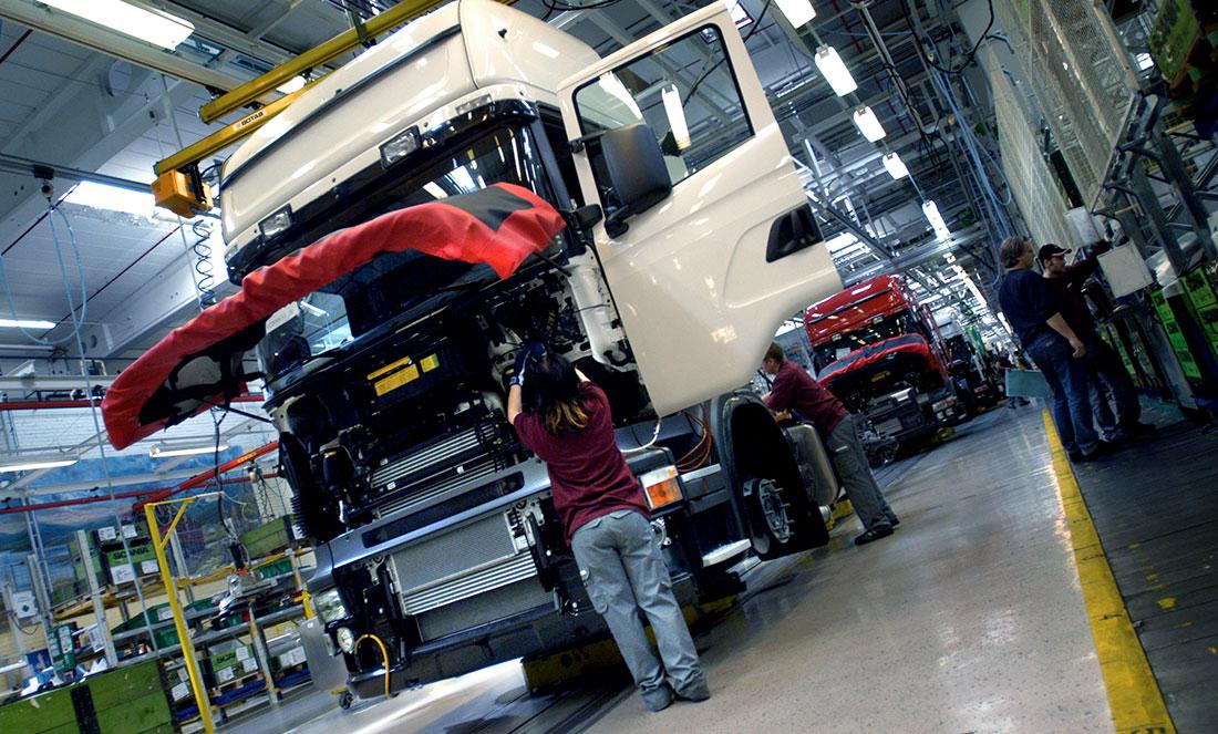 Bild från tillverkningen på Scania, Södertälje.