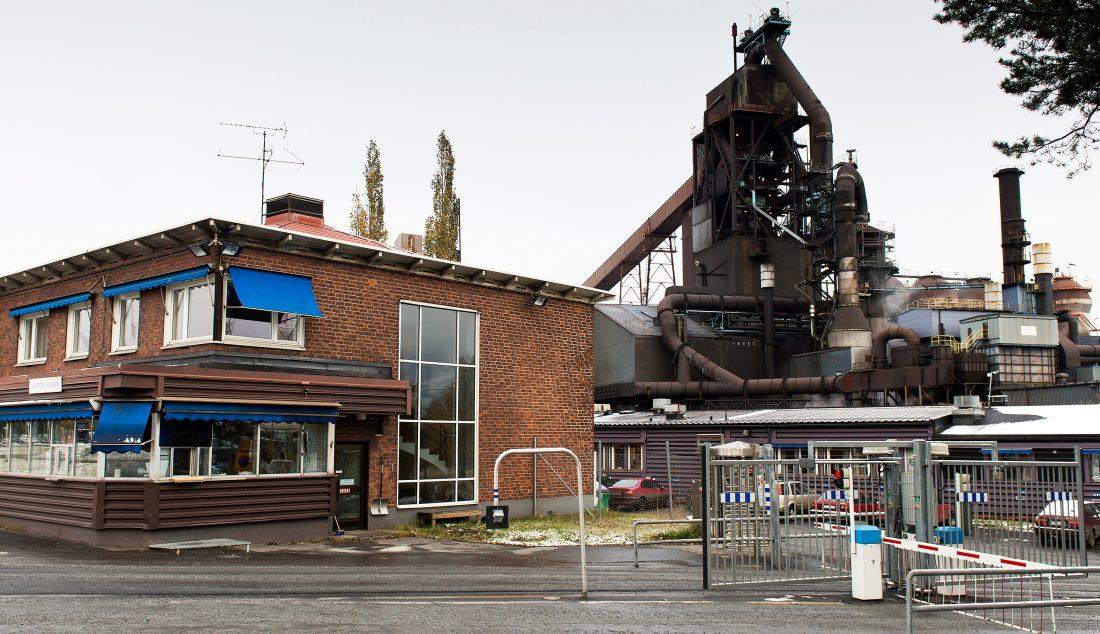 Olyckan skedde på Nordkalk, inne på SSAB:s område i Luleå. Foto: TT