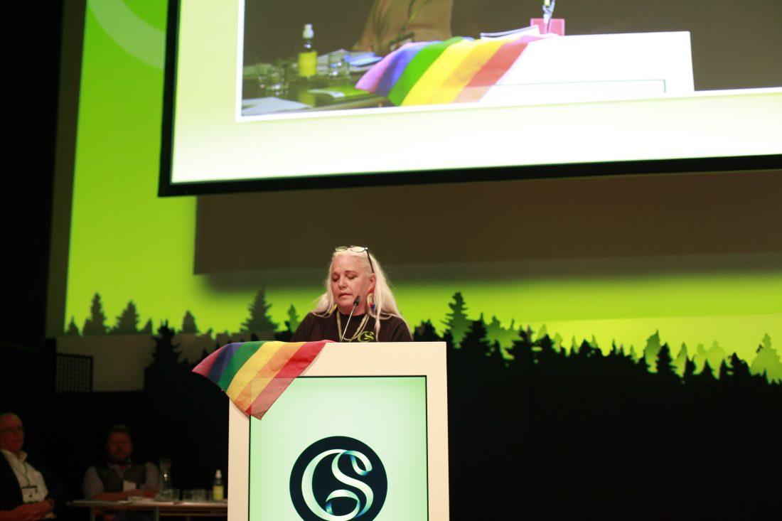 Gunilla Charlez från avdelning 9, vars motion om HBTQ-certifiering antogs enhällig av kongressen.