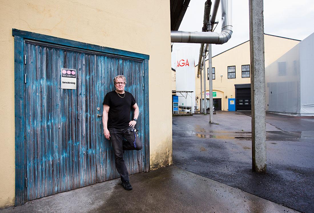 """I den gamla sulfatfabriken i Bäckhammar finns samarbetsprojektet Lignocity. En bra grej, enligt Per Gustafsson från Pappers avdelning. """"Företagen måste samarbeta med varandra. Och med resten av samhället."""" Foto: ØYVIND LUND"""