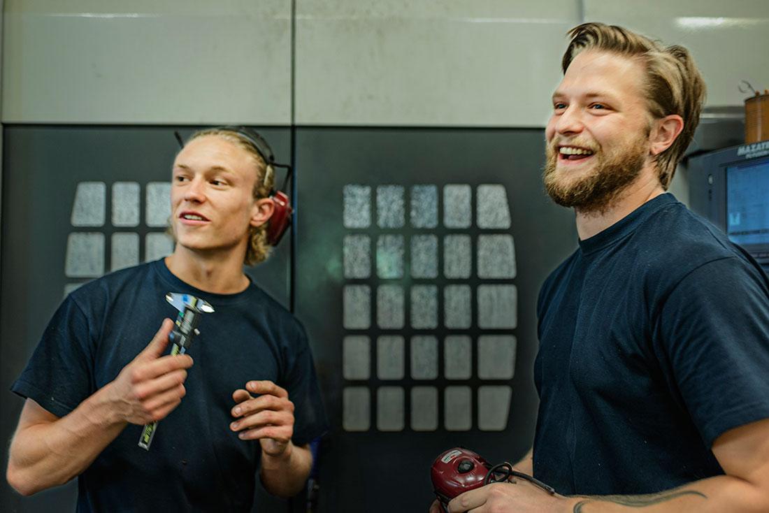 Arbetskamrater och snart affärskompanjoner. Fredrik Eliasson och Oskar Kanstedt ser många fördelar med ägandet.