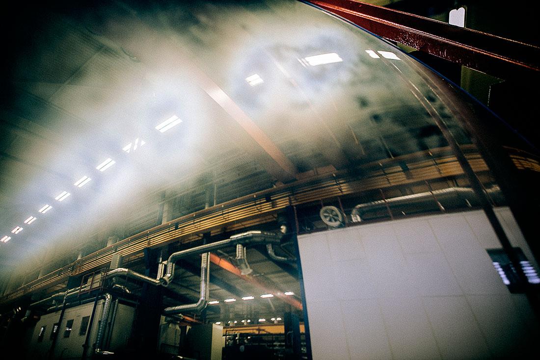Skärvätskedimman är boven i dramat. Om den kommer upp i ventilationssystemet finns stor risk att de anställda får andningsproblem. Foto: David Lundmark.