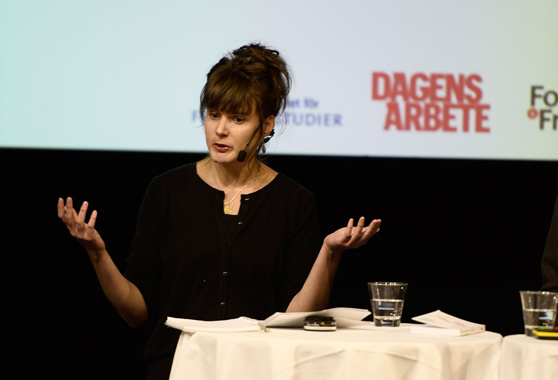 """""""Nyttoargumenten har fått för stor plats. Människor på flykt måste få hjälp, Sverige har undertecknat konventionen om mänskliga rättigheter""""/Linn Bursell, journalist och författare till boken Gå bara. Min flykt från Somalia till Sverige. Foto: Madeleine Andersson."""