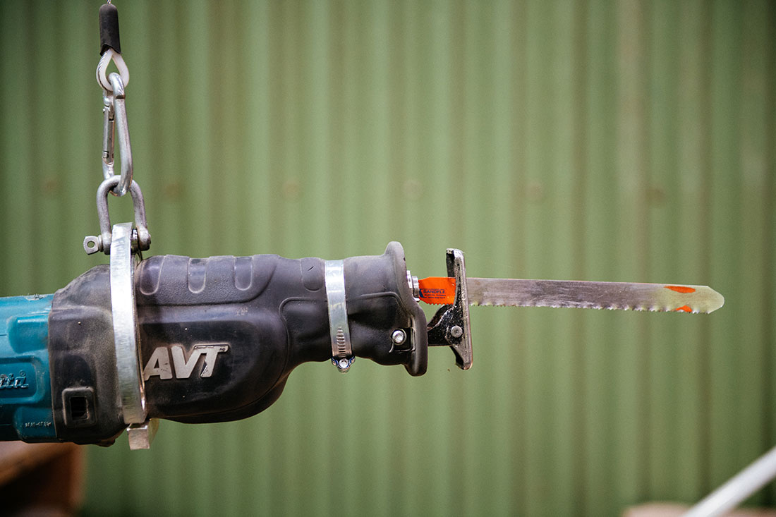 Tigersågens upphängning gör den lättare att arbeta med. Foto: David Lundmark.