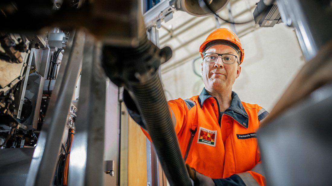 Per-Henrik Norberg på Domsjö fabriken i Örnsköldsvik. Foto; David Lundmark