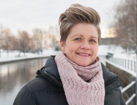 Företagssköterskan Pernilla Carlsten hoppas att Stora Enso ska köra samma hälsosatsning i hela landet. Foto: Karin Thoring