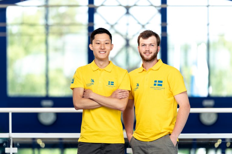 Vänster i bild: Niklas Ekelöw Höger i bild: Emanuel Näslund Bilden tagen av: Viktor Fremling för WorldSkills Sweden