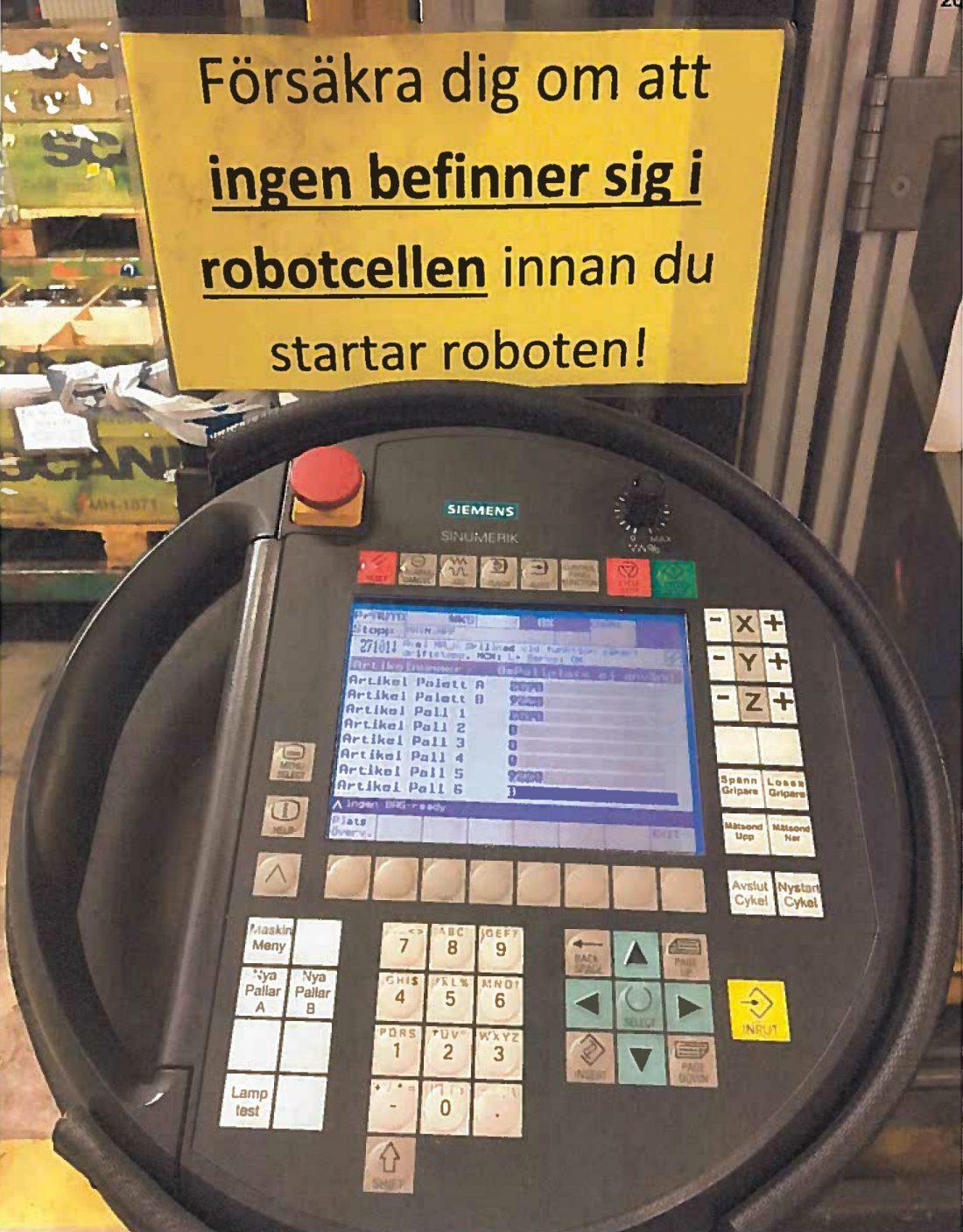 Styrpanel för robotcell