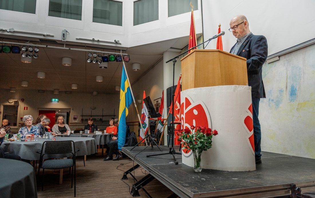 Sven-Erik Källman i talarstolen