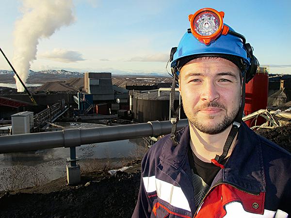 """Jari Söyrinki är ordförande för Gruvgruppen, underjordsarbetarna in Kirunagruvan. """"Att vinsten per anställd är 3 miljoner visar hur ojämlik fördelningen är. Det visar också att facket kan ta för sig mera."""" HARALD GATU"""