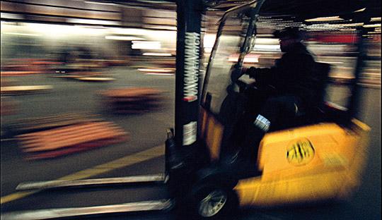 I de allra flesta truckolyckor är det någon som blir påkörd eller fastklämd. OBS. Bilden är tagen i ett annat sammanhang. Foto: FREDRIK PERSSON