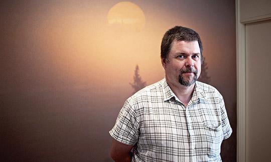 Sveaskogs personalspecialist Anders Johansson har nu varit i Rumänien för att lösa försäkringsfrågan.     Foto: OLA HÅKANSSON