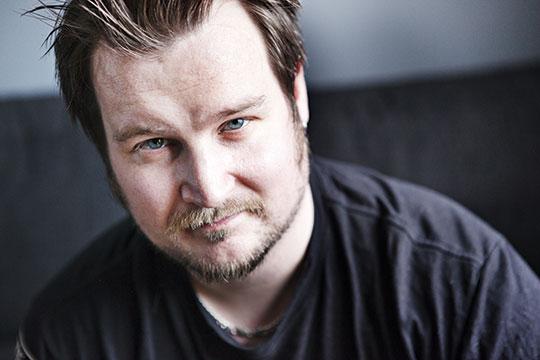 Två år har gått sedan olyckan när Andreas Larsson brännskadade huden svårt.  Foto: MARIA HANSSON