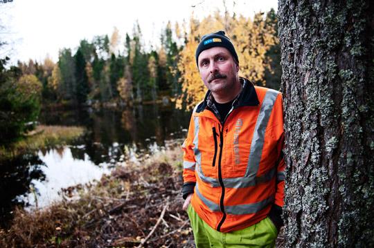 Rickard Forslund vill få andra att sluta ta risker som han själv tog före  olyckan. Foto: OLA HÅKANSSON