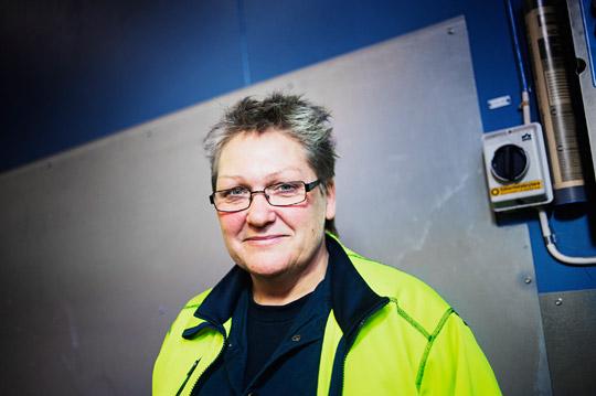 Lena Nilsson tror att ökat inflytande för de anställda kan stärka företaget. Intresset för det hållbara arbetet är stort runtom i Värmland, säger Lena som ingår i en grupp som ska ge fackklubbar stöd i att förändra arbetsplatserna. Foto: THEO ELIAS