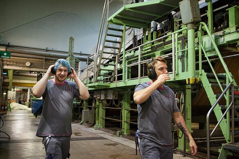 Ahlstrom kör femskift på de båda fibertygsmaskinerna. Foto: LARS DAHLSTRÖM