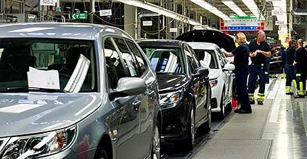 På torsdag ska Saab få in pengar så att de anställda kan få ut sina löner. Foto: BJÖRN LARSSON ROSVALL